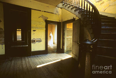Bannack Ghost Town Photograph - Visitor At The Meade Hotel by Bob Christopher