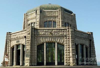 Photograph - Vista House Round  by Susan Garren