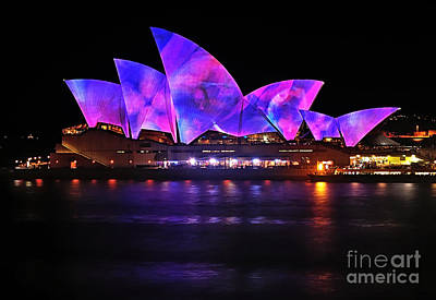 Photograph - Vivid Sydney By Kaye Menner - Opera House ... Pink And Blue by Kaye Menner