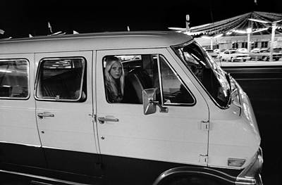 Photograph - Vn Blvd-095-2a The Lady In The Van by Richard McCloskey