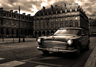 Photograph - Volga In Paris by Radoslav Nedelchev