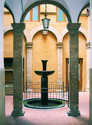 Volterra Courtyard Art Print by Maria Huntley