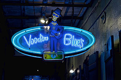 Photograph - Voodoobar by Barry Cole