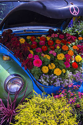 Headlight Photograph - Vw Bug With Flowers by Garry Gay