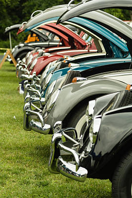 Fun Patterns - VW Bugs in formation by Lou Cardinale