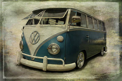 Photograph - Vw Bus On Display by Athena Mckinzie