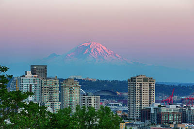 Wa, Seattle, Skyline View With Mount Art Print