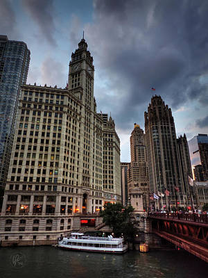 Photograph - Wacker - Michigan Historic District Of Chicago 002 by Lance Vaughn