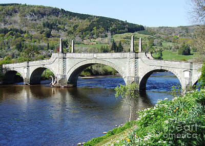 Wades Bridge - Aberfeldy - Scotland Art Print by Phil Banks