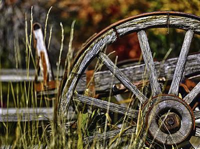 Wagon Wheel Hub Wall Art - Photograph - Wagon Down by Scott Campbell