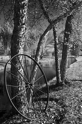 Laura James Photograph - Wagon Wheel At Spring Run by Laura James