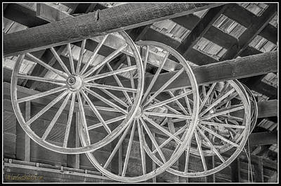 Photograph - Wagon Wheel Black And White by LeeAnn McLaneGoetz McLaneGoetzStudioLLCcom