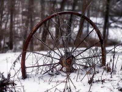 Wagon Wheel Hub Wall Art - Photograph - Wagon Wheel In Winter by Mark Miller