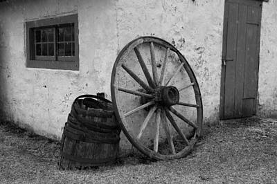 Photograph - Wagon Wheel by Keith Swango