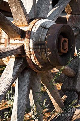Photograph - Wagon Wheel by Lawrence Burry