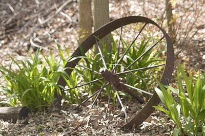 Photograph - Wagon Wheel by Michelle Hoffmann