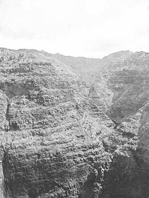Photograph - Waiamea Canyon Kauai II by Frank Wilson