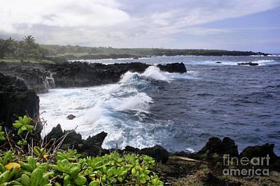 Photograph - Waianapanapa Pailoa Bay Hana Maui Hawaii by Sharon Mau