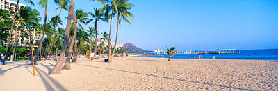 Waikiki Beach And Diamond Head Art Print by Panoramic Images