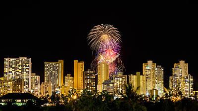 Photograph - Waikiki Party 3 by Jason Chu