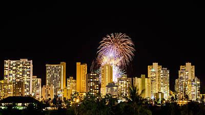 Photograph - Waikiki Party 5 by Jason Chu