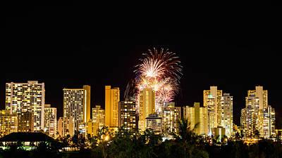 Photograph - Waikiki Party 6 by Jason Chu