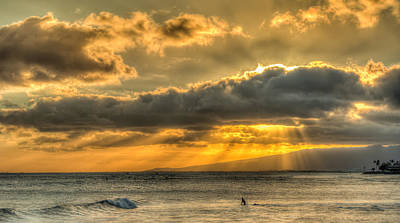Waikiki Stand Up Paddle Art Print by Tin Lung Chao