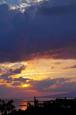 Photograph - Waikiki Sunset by Michele Myers