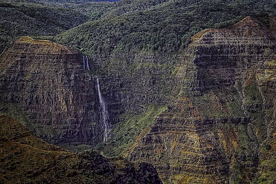 Photograph - Waipo'o Falls 1 by Dave Hall