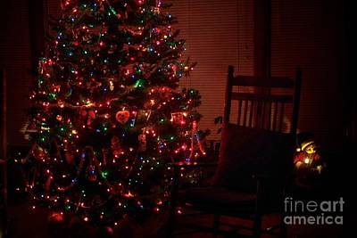 Photograph - Waiting For Christmas by Frank J Casella