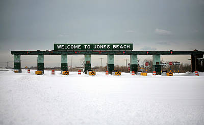 Winter Storm Nemo Photograph - Waiting For Summer by JC Findley
