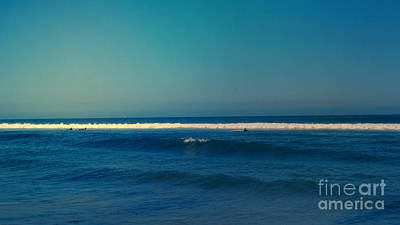 Waiting For The Sun Photograph - Waiting For The Perfect Wave by Nina Prommer