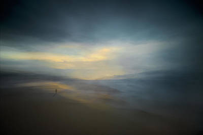 Abstract Lights Photograph - Walk Along The Edge Of Nowhere by Santiago Pascual Buye