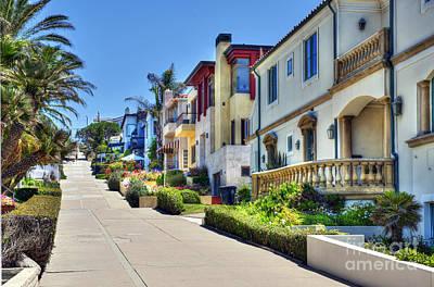Photograph - Walk Street Manhattan Beach Ca by David Zanzinger