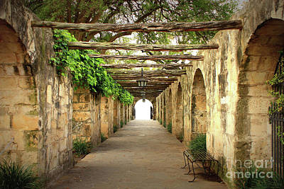 San Antonio Wall Art - Photograph - Walk To The Light by Carol Groenen