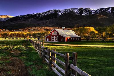 Red Barns Photograph - Wallsburg Red Barn by Ryan Smith