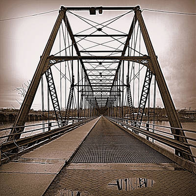 Photograph - Walnut Street Bridge by Joseph Skompski