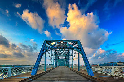 Photograph - Walnut Street Walking Bridge by Steven Llorca