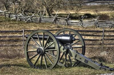 War Thunder - 9th Michigan Btry 1st Michigan Light Artillery Battery I Hancock Ave Gettysburg Art Print by Michael Mazaika