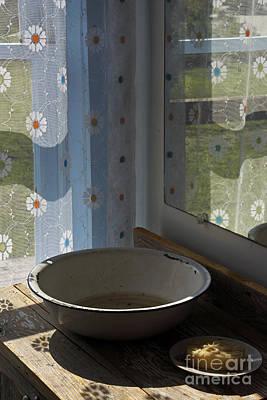 Photograph - Wash Basin by Inge Riis McDonald