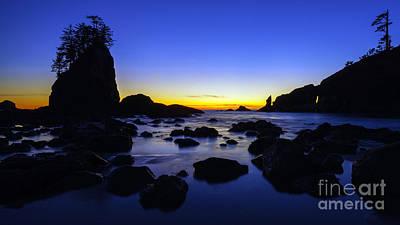 Photograph - Washington Coast Last Light by Mike Reid