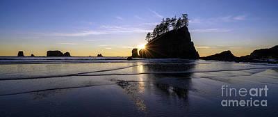 Photograph - Washington Coast Sunset Tranquility by Mike Reid