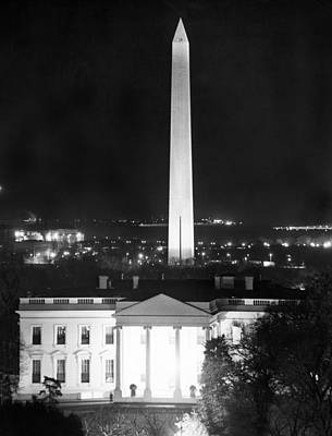 White House Photograph - Washington, D.c. Landmarks by Underwood Archives