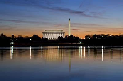 Lincoln Memorial Wall Art - Photograph - Washington Dc - Lincoln Memorial And Washington Monument by Brendan Reals