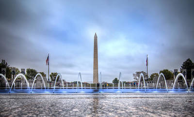 Photograph - Washington Monument And Fountains by Mark Andrew Thomas