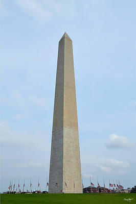 Photograph - Washington Monument by Shanna Hyatt