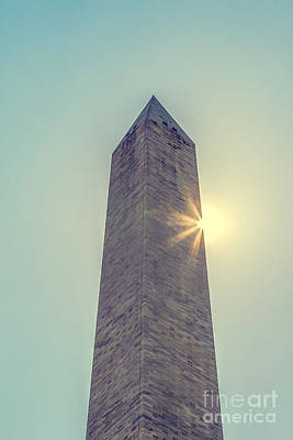 Vintage River Scenes Photograph - Washington Monument With Sun by Patricia Hofmeester
