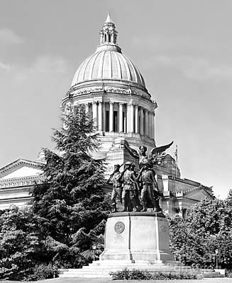 Photograph - Washington State Capitol And Winged Victory Statue - G304 by Merle Junk