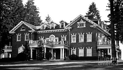 Photograph - Washington State Governor's Mansion 1920s by Joe Jeffers