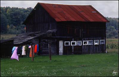 Washline And Barn Art Print